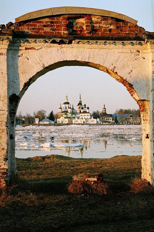 http://www.pravoslavie.ru/gallery/images/76/15734.d.jpg