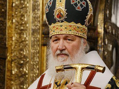 Храните веру православную, воспитывайте в ней ваших сынов и дочерей, ваших внуков и правнуков.