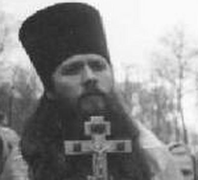 Fr. Artemy Vladimirov, an English-speaking Moscow priest from the Church of All Saints at Krasnoselskaya, has, for the past decade, been a mainstay for Western Orthodox converts living in Moscow and visitors seeking a deeper spiritual life. His staun