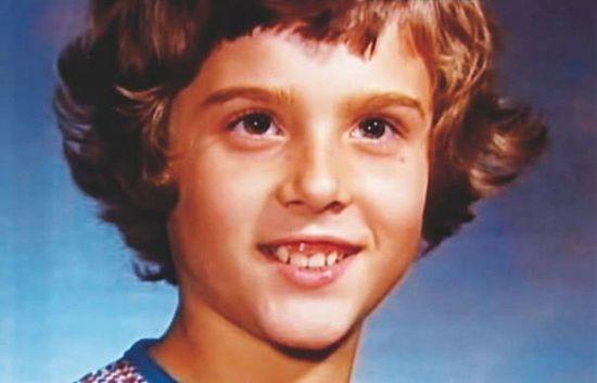 Рассказ о мальчике, превращенном в девочку, ставшем мужчиной и покончившем с собой