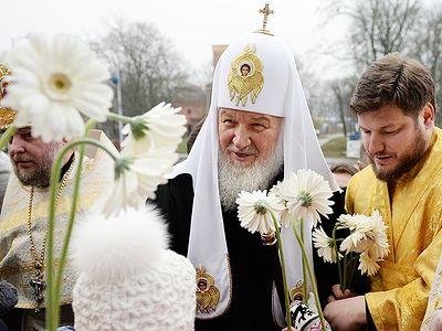 Православная Церковь в Америке и Русская Православная Церковь являются тем реальным мостом, который способен на уровне сердец соединять русский и американский народы.