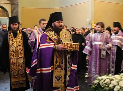 The relics of St. Luke are kept in the cathedral of Holy Trinity Monastery in Simferopol, with part of them being brought to Moscow and Grrece in a special reliquary.