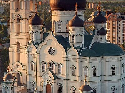 The church takes its name from the eponymous Ukrainian Baroque cathedral that was built in 1718-35 in place of an earlier church commissioned by St. Mitrofan of Voronezh; it was destroyed by the Soviets in the 1950s. The existing bell tower echoes th
