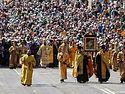 Более 80 тысяч верующих приняли участие в крестном ходе по центральным улицам Киева (+ФОТО)