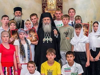 """I feel certain that the participation of many people in preparations for the children's pilgrimage will fill it with special meaning. Just as we used to build churches 'all together' in Russia, we are now uniting and teaming up to kindle the light o"