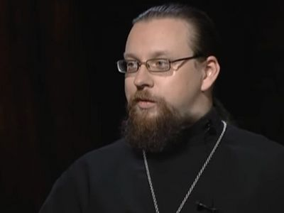Today the guest of Father George's program is Priest Sergius Labunsky. His adolescent interest in Medieval Europe initially led him to a Catholic church and even to a Catholic monastery, but eventually he found the path to the true Orthodox faith.