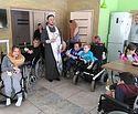 Священнослужители посетили активный пансион для молодежи с ограниченными возможностями