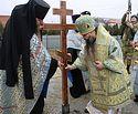 Архиепископ Махачкалинский Варлаам совершил чин освящения закладного камня и водружение креста на месте строительства войскового храма в Грозном