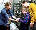«Дари радость на Рождество»: 18 тысяч подарков собрали москвичи для подопечных службы «Милосердие»