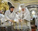 В праздник Крещения Господня Святейший Патриарх Кирилл совершил Литургию и чин великого освящения воды в Богоявленском соборе