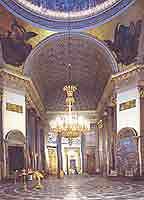 Строительство Казанского собора в Санкт-Петербурге велось по проекту архитектора А.Н. Воронихина в...