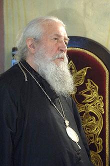 Митрополит Лавр в алтаре Сретенского монастыря. Фото: В. Корнюшин / Православие.Ru