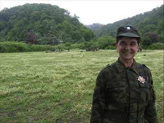 Татьяна Шутова: «Это на учениях в Абхазии. Я ведь майор армии Республики Абхазия. В детстве моим кумиром был Че Гевара, а он был команданте, т.е. майор»