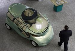 На фото: дипломная работа – концепт «Лада Рапан» в 1998 году представлял АвтоВАЗ на Парижском салоне