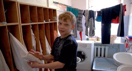 2008 год. Ваня перешел в шестой класс. Несколько месяцев назад убили его маму