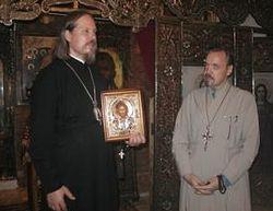 Епископ Марк с игуменом Олегом в Никольском храме в Бангкоке