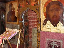 В приделе преподобного Александра Свирского