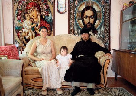 У дьякона Элизбара и его жены Людмилы пока одна дочь Александра, но это не предел