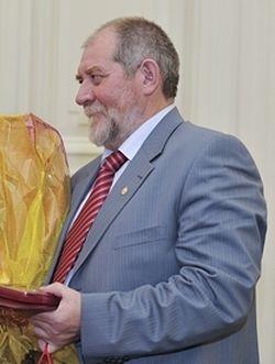 Народный художник России Евгений Максимов