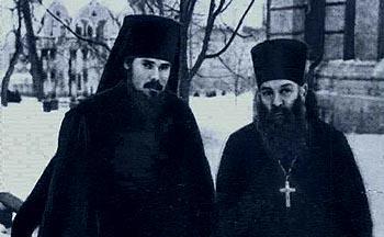 С отцом, священником Михаилом Ридигер