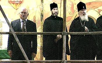 В восстанавливаемом Храме Христа Спасителя, 1999 год