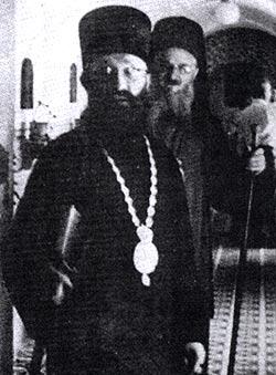Епископ Хвостанский Варнава вместе с епископом Сремским Макарием. Снимок сделан в монастыре Крушедол 12 августа 1961 г.