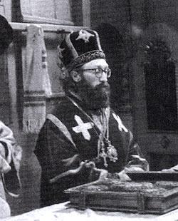 За Божественной литургией в Вознесенском храме. Монастырь Беочин