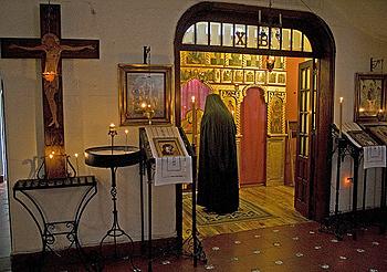 Интерьер храма обители