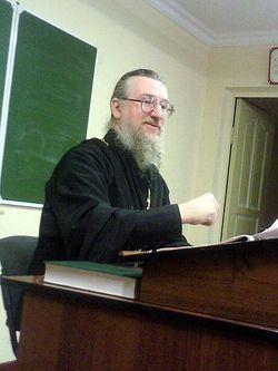 Отец Николай на лекции
