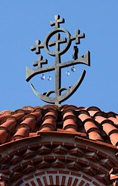 Византийский крест на куполе храма св.Арсения Каппадокийского