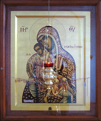Икона Пресвятой Богородицы «Милостивая» («Киккская»), святыня Милостиво-Богородицкого женского монастыря п. Кадом