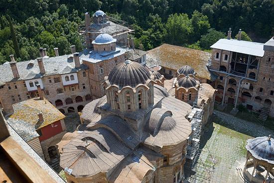 Сербский монастырь Хиландар. Фото: А.Поспелов / Православие.Ru