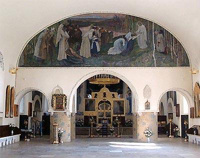 Интероьер главного храма обители