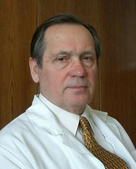 Академик РАМН, директор НИИ пульмонологии, доктор медицинских наук, профессор Александр Григорьевич Чучалин