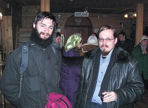 После занятий в храме Святого апостола Фомы. Юрий Максимов справа
