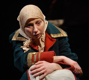 Янина Лакоба в роли Ксении в спектакле «Ксения. История любви» Александринского театра