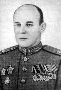 Начальник Главного артиллерийского управления, генерал-полковник (в будущем маршал) артиллерии Николай Дмитриевич Яковлев