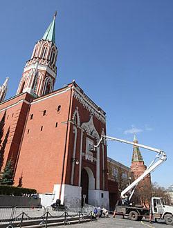 История возвращения надвратных икон башен Кремля