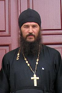 Священник Евгений Старцев