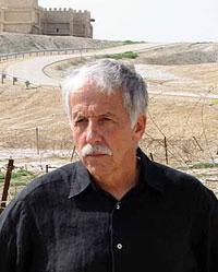 Джо Зиас, в 1972–1997 гг. – старший куратор израильского министерства древностей по вопросам археологии и антропологии