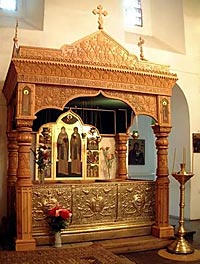 Рака с мощами святых Петра и Февронии в Муромском Свято-Троицком монастыре