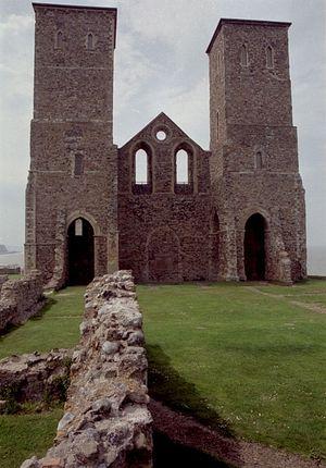Башни церкви в Рекалвере. XII в.