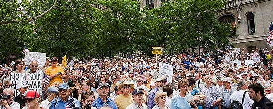 Демонстрация против возведения исламского центра. Фото: washingtontimes.com