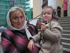 Ирина Тимохина и ее трехлетняя внучка Таисия