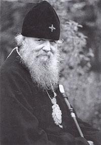 Митрополит Алма-Атинский и Казахстанский Иосиф (Чернов).