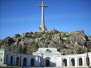 Frontal view of the Valle de los Caídos and Santa Cruz basílica. El Escorial, Madrid, Spain.