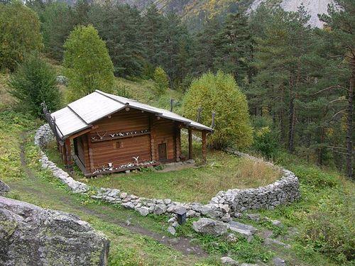 4. Святилище Реком в Цейском ущелье