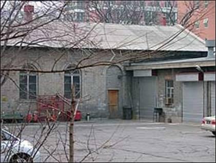Сохранившееся на территории Российского Посольства в Пекине здание храма Успения Пресвятой Богородицы бывшей Российской Духовной Миссии в Пекине