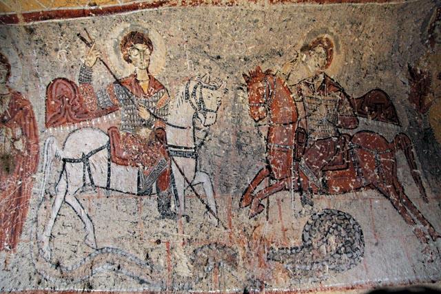 Фреска в храме Святого Онуфрия, на которой изображены святые великомученики Георгий Победоносец и Феодор Стратилат