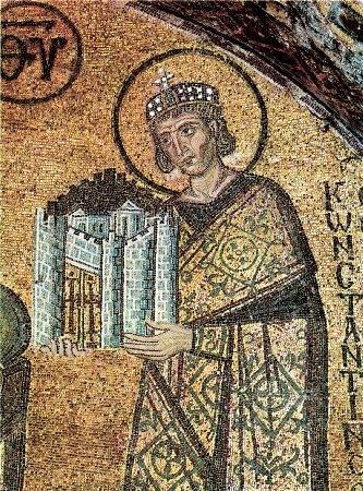 Император Константин Великий. Фрагмент мозаики. Собор Святой Софии в Константинополе. Конец X века.